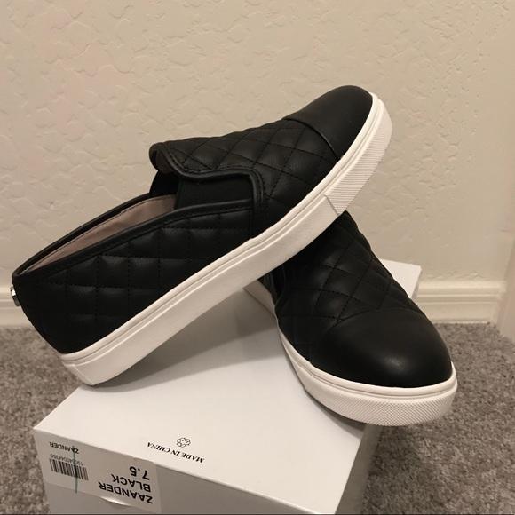 9164a73b84b Steve Madden Zaander Quilted Black SlipOn Sneakers.  M 5a891da86bf5a668d48b380c